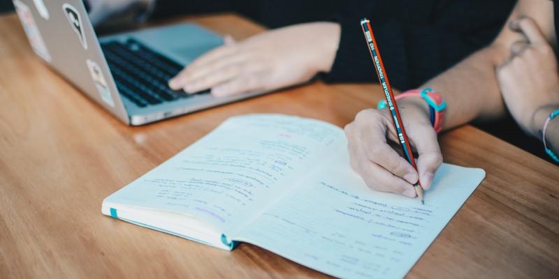 Bestätigen Sie Ihre Französischkenntnisse mit dem DELF/DALF-Diplom!