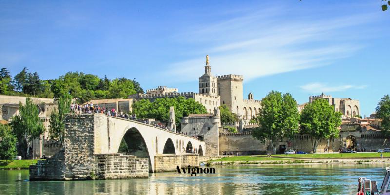 Excursions around Montpellier: Avignon