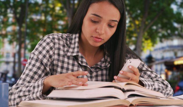 Francês e preparação  universitária
